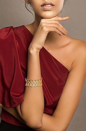 So Versatile Bracelet in Gold Plating