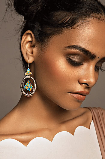 Tribhuja Sculpture Earrings