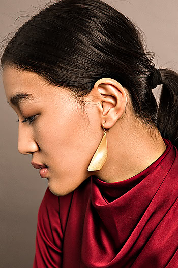 On Point Earrings in Gold Plating