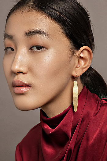 Go-to Earrings in Gold Plating
