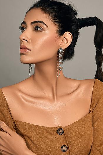 Karnavatti Chain Earrings