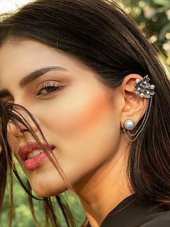 Clara B Earrings in 925 Silver