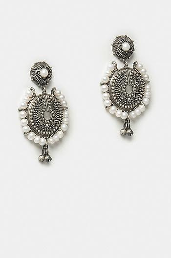 Pretty Glam Earrings