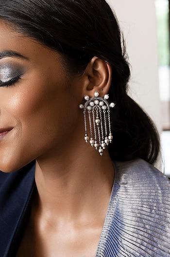 Pretty Fly Earrings