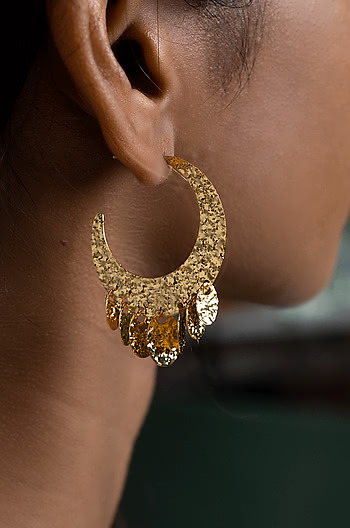 Cattitude Earrings in Gold Plating