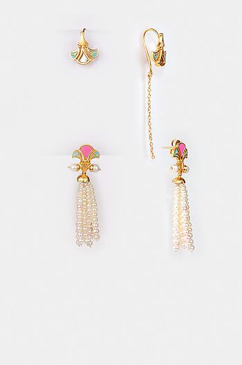 Chalka Re Earrings in Gold Plated Brass