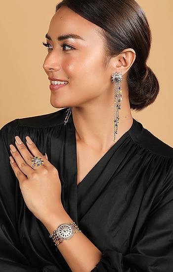 Haathi Motif Earrings in 925 Silver