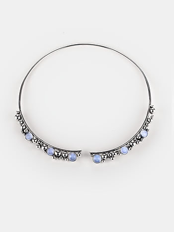 A Windy Walk Necklace in 925 Silver