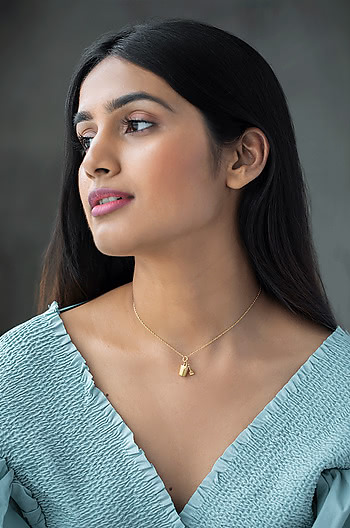 The Adventurer Sand Bucket Charm Necklace in 925 Silver
