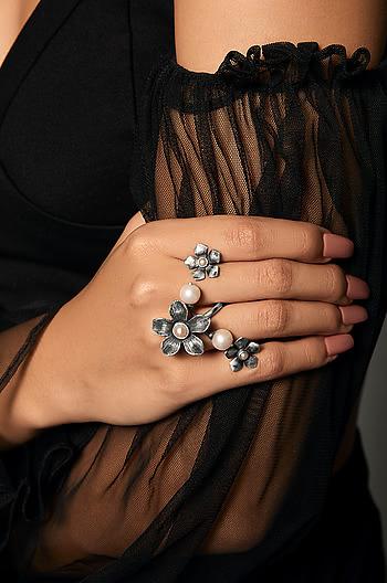 Marie C Ring
