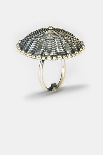 Bhago Shield Ring