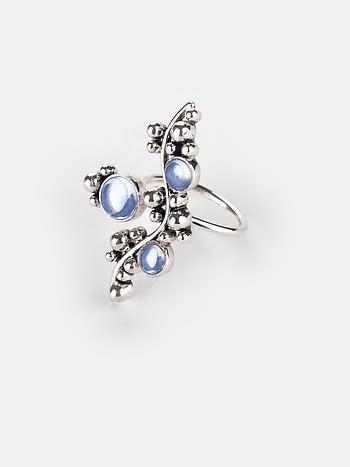 A Windy Walk Ring in 925 Silver