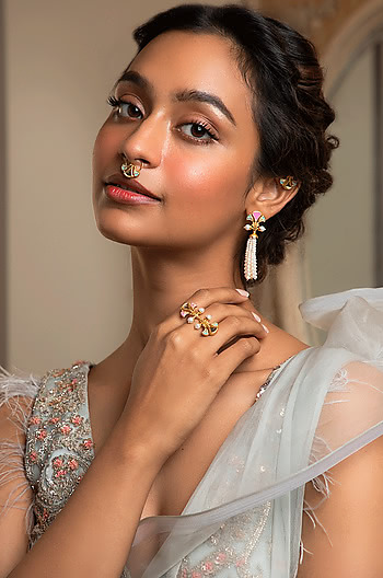 Chalka Re Ring in Gold Plated Brass