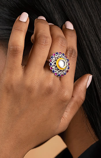 Ankhadiyo Vakadiyo Pattern Ring