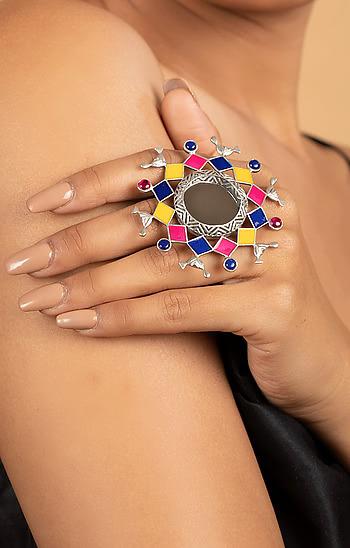 Bavaliyo Pattern Ring