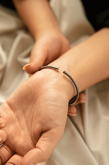 Dig It Bracelet in Black Rhodium Plating