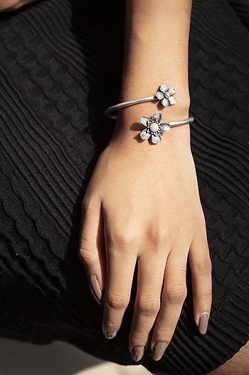 Shirin E Bracelet