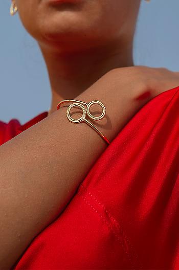 Issa Mood Bracelet in Gold Plating