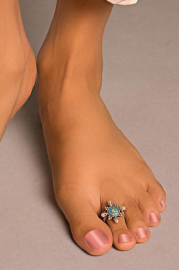 Vasuh Vent Toe Rings