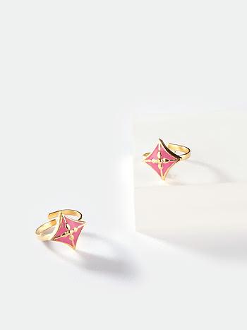 Baari Barsi Toe Rings in Gold Plated Brass