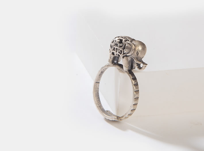 Antique Jumbo Hearts Ring