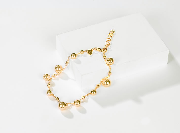 Spotlight Bracelet in Gold Plating