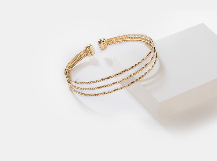 Say Cheese Bracelet in Gold Plating
